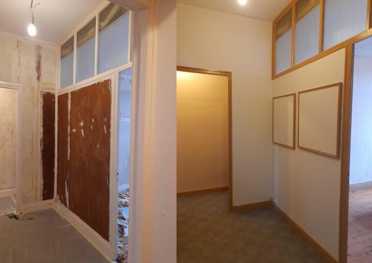 Travaux de peinture d'un hall d'entrée